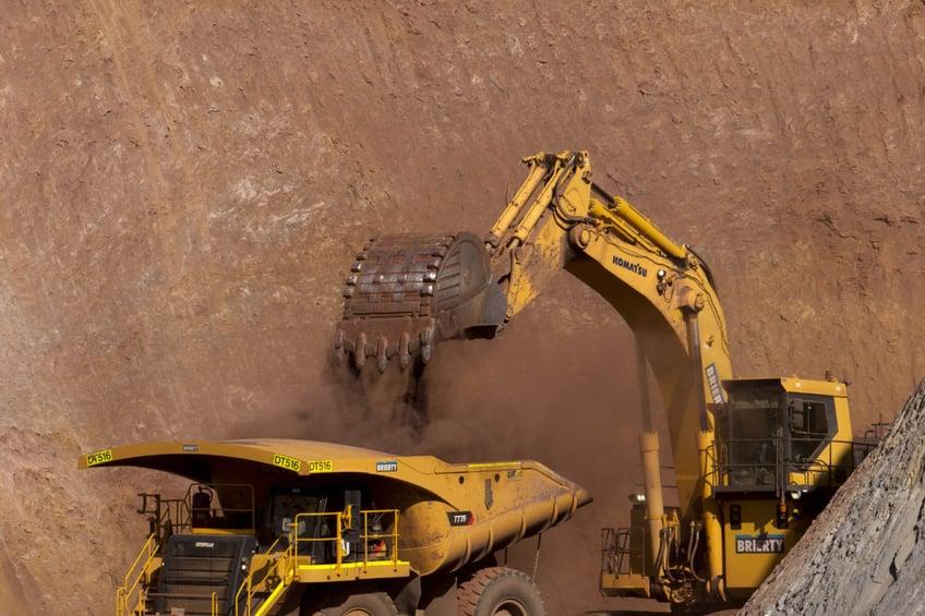 Downer-Gruyere-Gold-Mine-1100x733