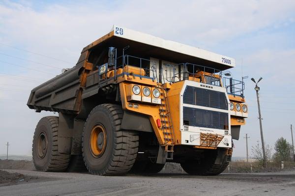 BelAZ_75600-worlds-biggest-dump-trucks