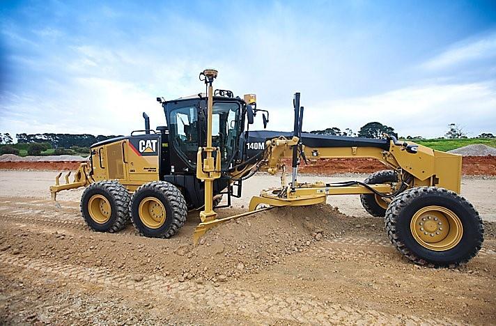 CAT 140M Motor Grader 1