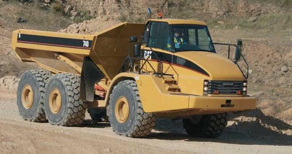 Caterpillar-740-articulated-dump-truck-review-banner-1