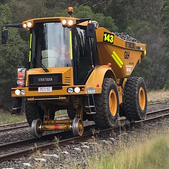 Hi-Rail-Articulated-Dump-Truck-10T