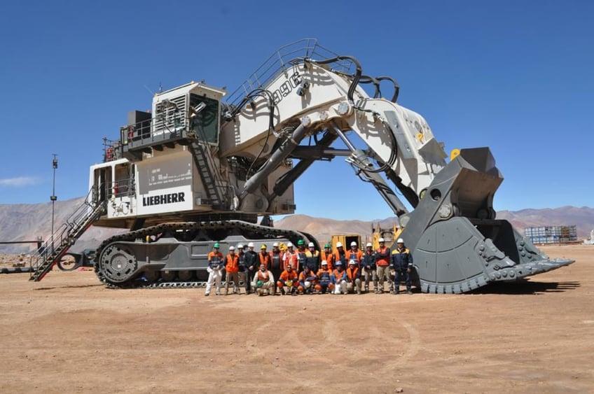 liebherr-R-996-B-excavator