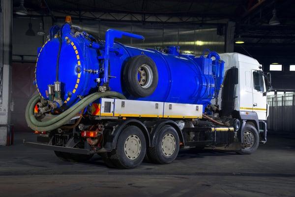 vacuum-truck-hire-rates