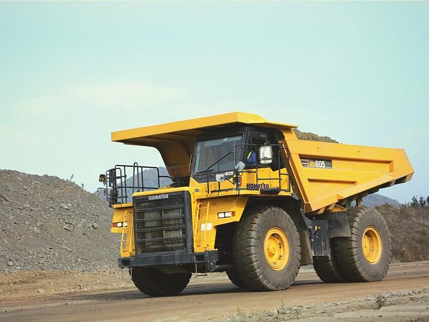 Worlds-largest-electric-dump-truck-is-being-built-by-Swiss-companies-2-889x667