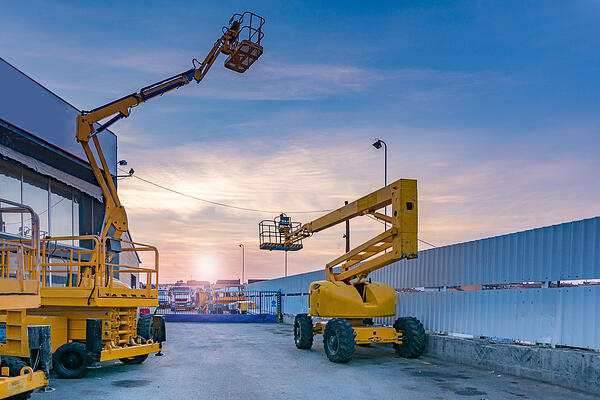 articulated-boom-lift