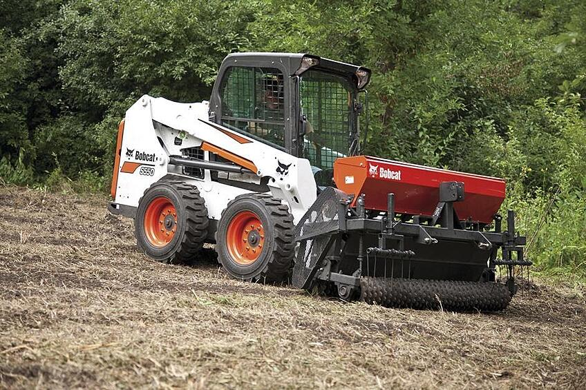 bobcat-s550-machine