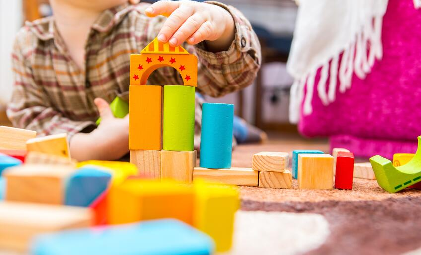 child-building-blocks-construction