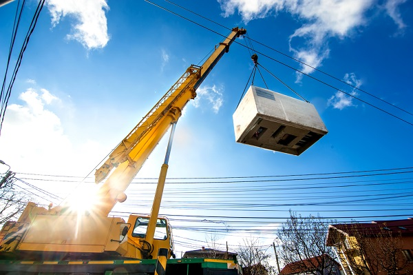 crane-lifting-mobile-power-generator