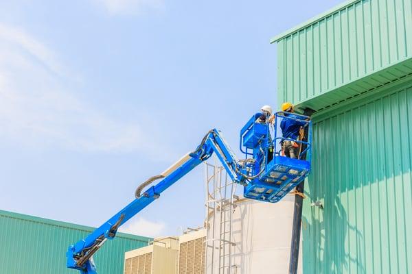 ewp-knuckle-boom-operator-blue-machine