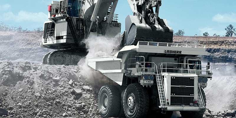 liebherr-mining-truck