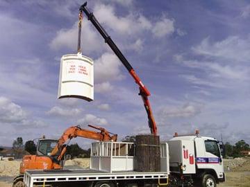 manhole-form-hire-crane-truck-hire