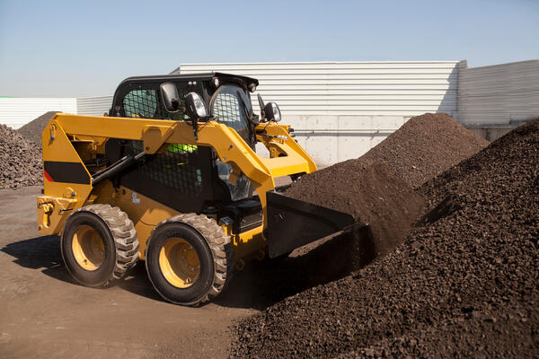 skid-steer-loader-construction-site