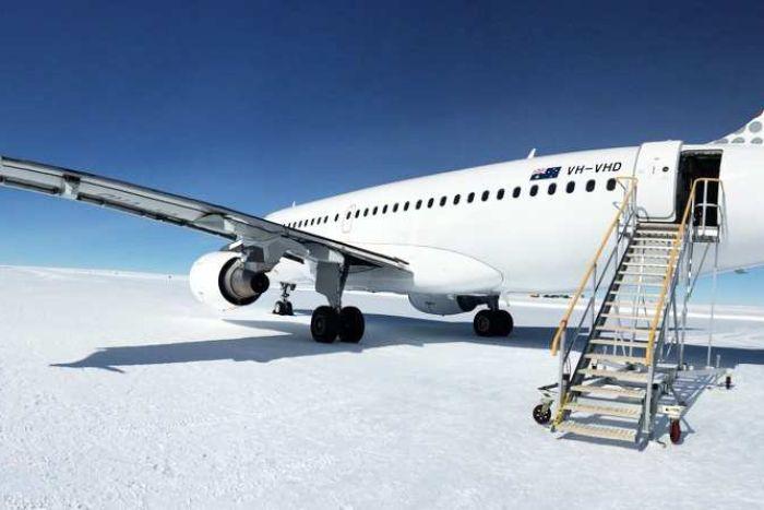 Antarctica-Runway