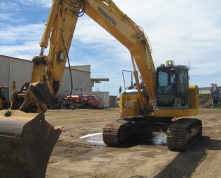 Chaplin-Cranes-and-Excavators-Excavators-for-hire_