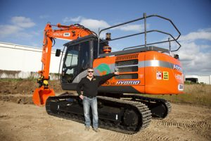 Duke Contracting - team excavators for hire