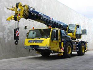 Mobile Slewing crane hire REV Cranes