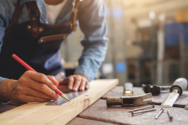 carpenter-apprentice