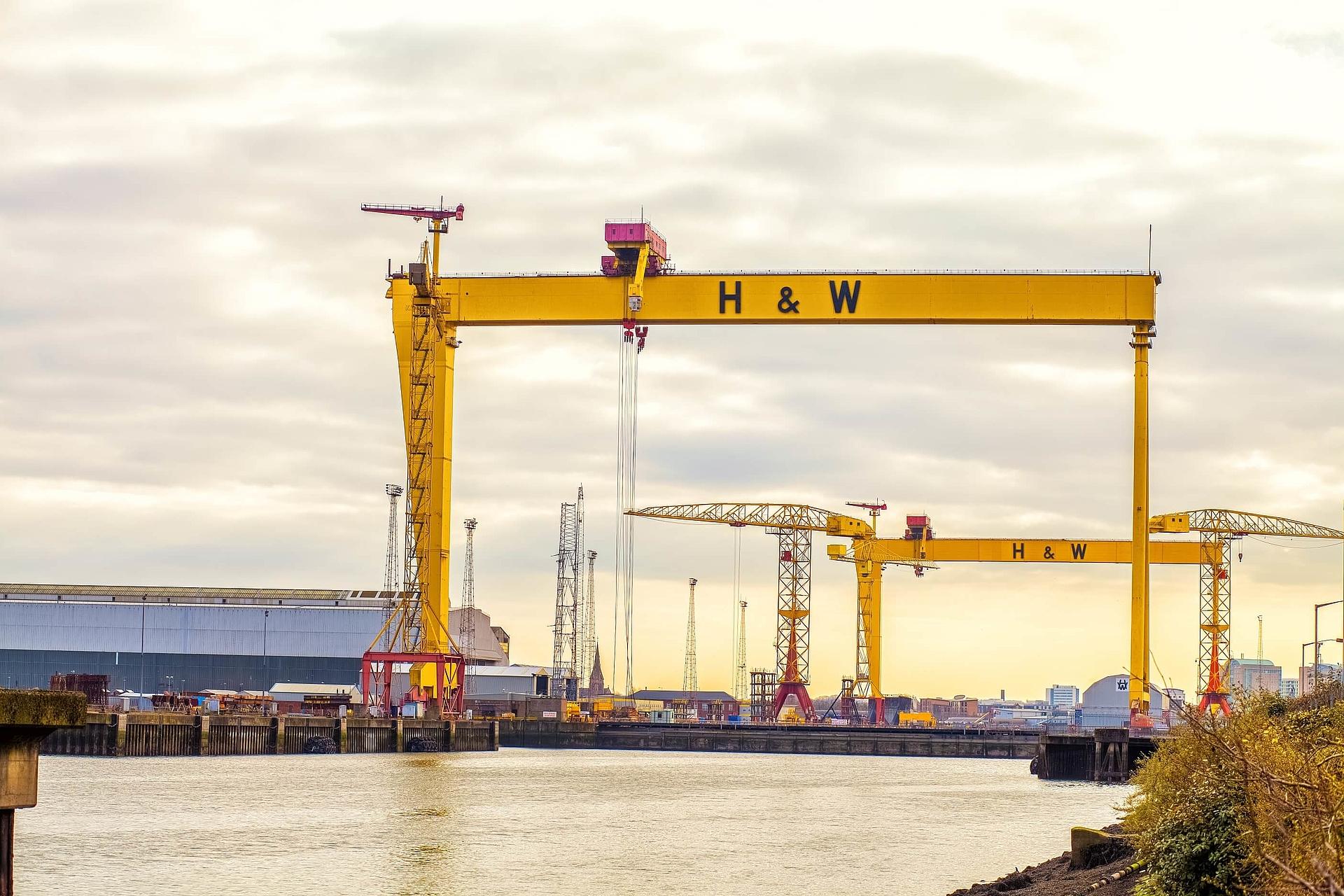 world's biggest cranes