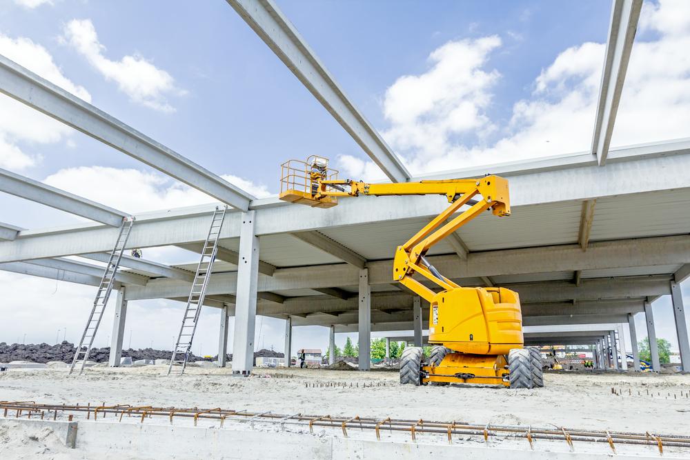 telehandler-on-construction-site
